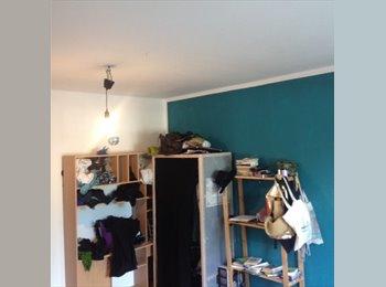 EasyWG DE - Große Wohnung in grüne Hellersdorf - Hellersdorf, Berlin - 400 € pm