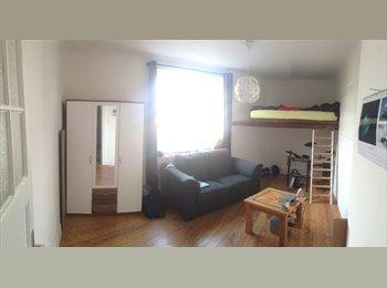 EasyWG DE - Möbliertes 18,5m² Zimmer in 2er WG in Hamburg Uhlenhorst, Hamburg - 650 € pm
