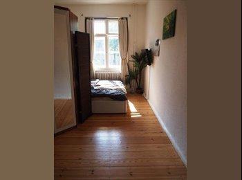 EasyWG DE - 15 qm Zimmer in netter 2 er-WG , Berlin - 300 € pm