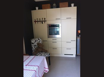 EasyWG DE - Möbl. Zimmer, Hamburg - 400 € pm