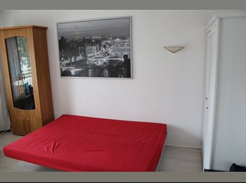 EasyWG DE - Beautiful single room with Lift at OlympiaEinkaufzentrum, München - 550 € pm