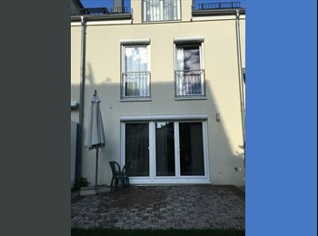 EasyWG DE - Luxury 5 bedroom house , Taufkirchen - 850 € pm