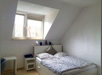 EasyWG DE - Wunderschönes Altbau WG Zimmer in der List , Hannover - 460 € pm