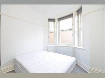 EasyWG DE - Sehr schönes Schlafzimmer ist zur Miete in meiner Wohnung zur Verfügung, die im Stadtzentrum, München - 580 € pm