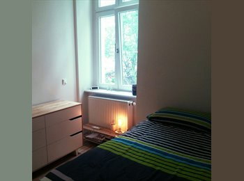 EasyWG DE - Room available in a harmonious and warm flat share for 2 on Hasenheide (Kreuzkoelln), Berlin - 600 € pm