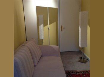 Schönes, möbliertes kleines Zimmer in der besten Lage...