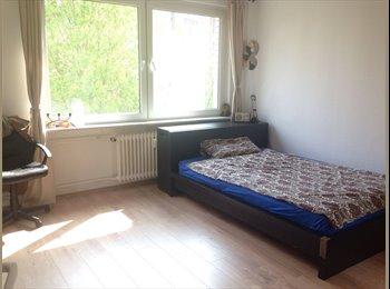 EasyWG DE - Schönes Zimmer in 2 1/2er WG im Gallus, Frankfurt - 365 € pm