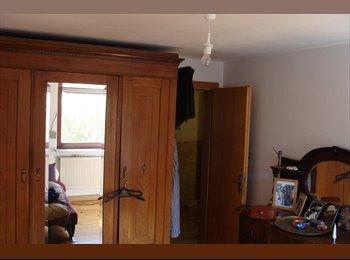 EasyWG DE - Appartement in WG - Haus mit Garten, München - 650 € pm