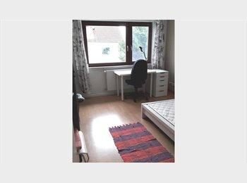 EasyWG DE - schönes Zimmer voll möbeliert im Zweifamilienhaus, Mainz - 420 € pm