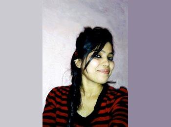 Shruti  - 24 - Student