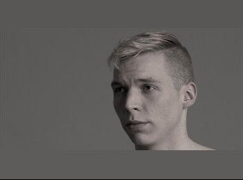 Matthias - 18 - Student