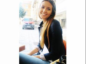 Andjela - 24 - Student