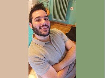 Dinos Vlachantonis - 21 - Student