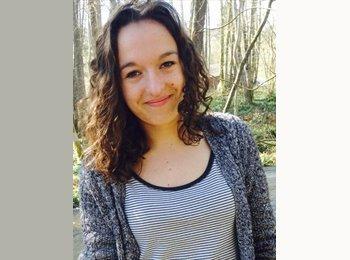 Cécile - 20 - Student