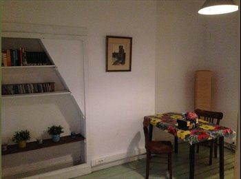 EasyKot EK - Studio nabij Kerkstraat  / centraal station, Antwerpen-Anvers - € 325 p.m.