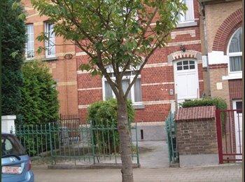 EasyKot EK - HUIS voor gezamenlijk verhuur (groen, kalme buurt) - Overig Brussel-Bruxelles omgeving, Brussel-Bruxelles - € 350 p.m.