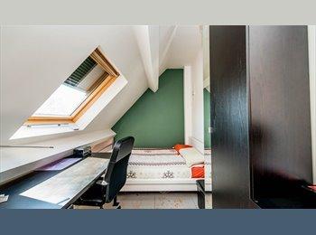 EasyKot EK - ruime studio, Hasselt - € 430 p.m.