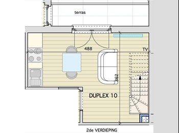 Prachtige, vernieuwde duplex, 1slpk, 2 terrassen