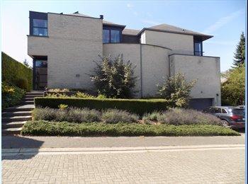 Quiet  apartment  near University Hospitals (40m2)