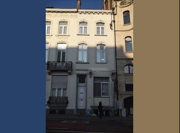 EasyKot EK - Zin in een authetiek kotleven in Leuven? - Centrum, Leuven-Louvain - € 330 p.m.