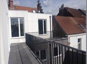 Nieuwe kamer in charmant gebouw op toplokatie - 465 euro...