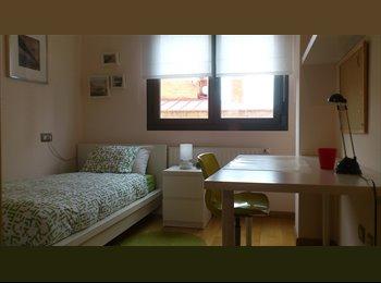 EasyPiso ES - UNA HABITACION EN ALQUILER LOS PRADOS OVIEDO, Oviedo - 290 € por mes