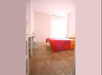 habitación en piso moderno con gran salón,40m2