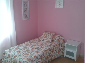 EasyPiso ES - five shared room in a top floor.all exterior., Cádiz - 275 € por mes