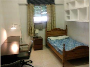 habit. en Bami, junto al Hospital V. del Rocio