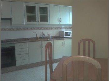 EasyPiso ES - se comparte piso en Arrecife, con wifi - Centro, Lanzarote - 200 € por mes