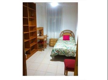 EasyPiso ES - ALQUILO 1 habitación UN PISO EN EL CENTRO con 4 habitaciones - Centro Ciudad, Salamanca - 250 € por mes