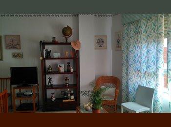 EasyPiso ES - Piso climatizado, céntrico y con cama grande. - Santa Rosa - Valdeolleros, Córdoba - 200 € por mes