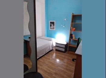 Habitación centro Tarragona, 5 min. URV av.Catalun