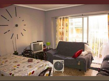 Se alquilan habitaciones en piso muy cerca UV yUPV