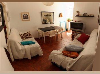 Habitación en alquiler Calle Recaredo /// 210€/mes