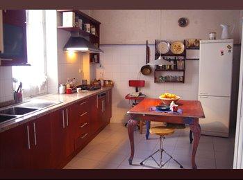 Habitaciones en piso muy céntrico y tranquilo