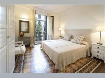 Deluxe room available in the center of Barcelona