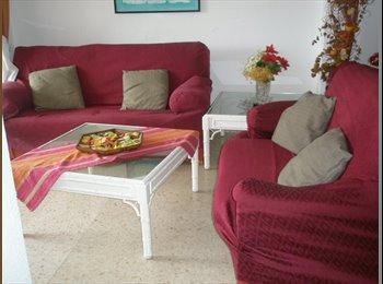 EasyPiso ES - MARBELLA CENTRO- BUSCO COMPAÑER@ DE PISO - Centro, Marbella - 300 € por mes