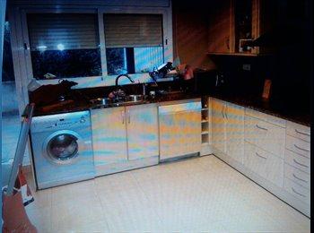 EasyPiso ES - casa para compartir - Sabadell, Barcelona - 290 € por mes