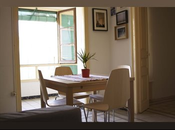 EasyPiso ES - BIG DOUBLE SUITE IN BEAUTIFUL SUNNY APARTMENT (NOT FOR COUPLES), Barcelona - 480 € por mes