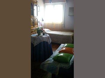 Habitación con TV en buena zona de Burgos