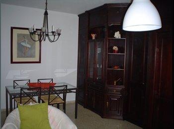 EasyPiso ES - Habitación amplia y soleada. Totalmente equipada - La Palmera - Los Bermejales, Sevilla - 300 € por mes