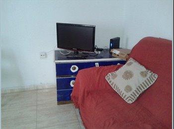 EasyPiso ES - Habitación  en el centro y ciudad jardin - Ciudad Jardín, Córdoba - 155 € por mes