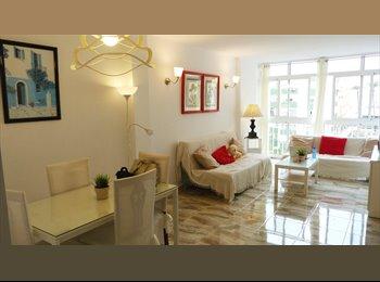 EasyPiso ES - AMPLIA HABITACION CON VENTANA Y MUCHA LUZ - Centro, Cádiz - 250 € por mes