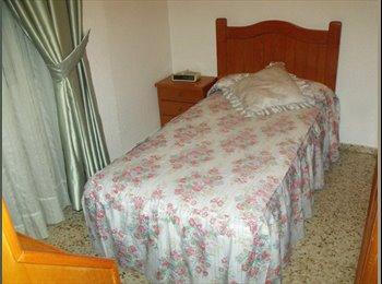 se alquilan dos habitaciones individuales