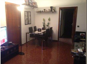 EasyPiso ES - 2 Habitaciones con cama doble para chicas - Eixample, Barcelona - 350 € por mes