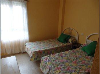 EasyPiso ES - Agradable Habitación en Arroyo de la Miel, Benalmádena - 280 € por mes