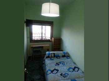 Habitación indiviual con mobiliario a estrenar