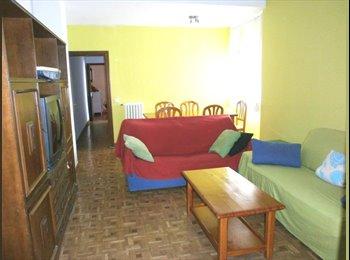Habitación piso compartido con otros estudiantes