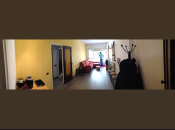 EasyPiso ES - Renting DOUBLE & SINGLE room - Sarrià-Sant Gervasi, Barcelona - 360 € por mes